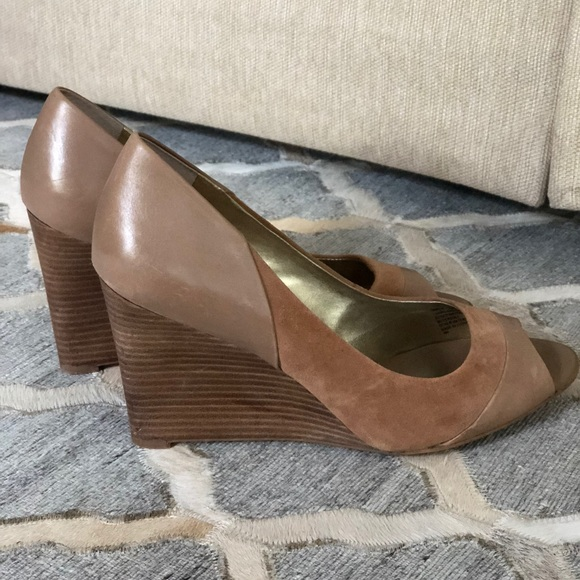 a99341bcc4 Banana Republic Shoes   Suede And Leather Nude Wedges Sz10   Poshmark
